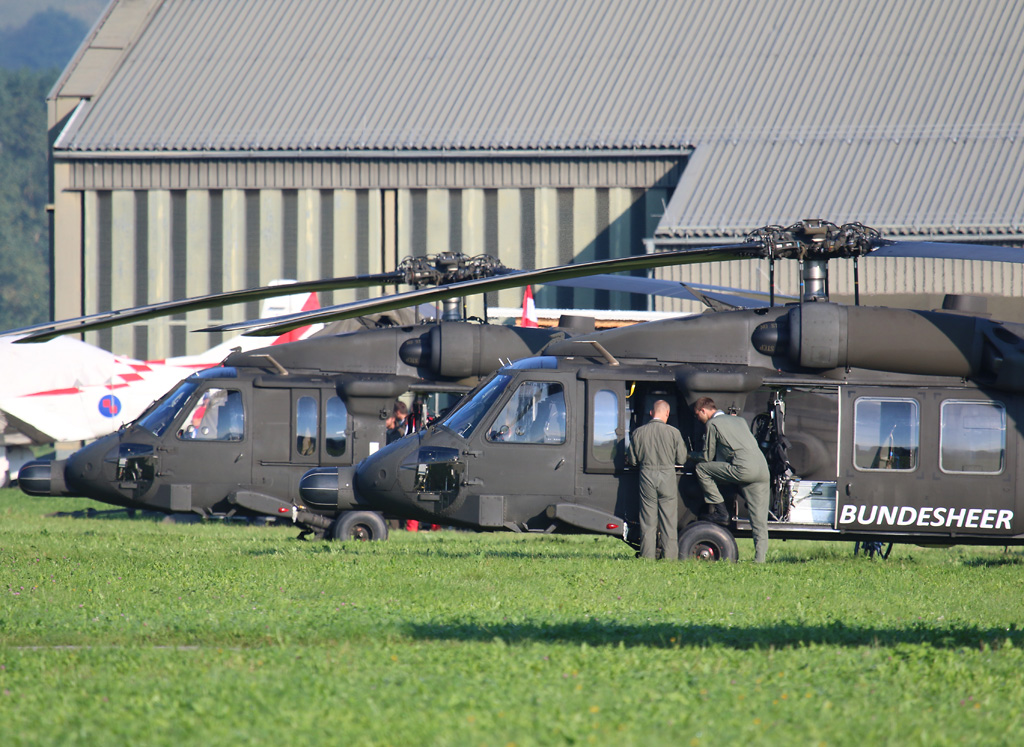 Sikorsky S-70A-42 Black Hawk © Doppeladler.com