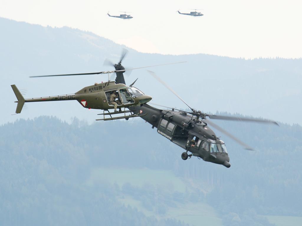 Kiowa und Black Hawk © Doppeladler.com