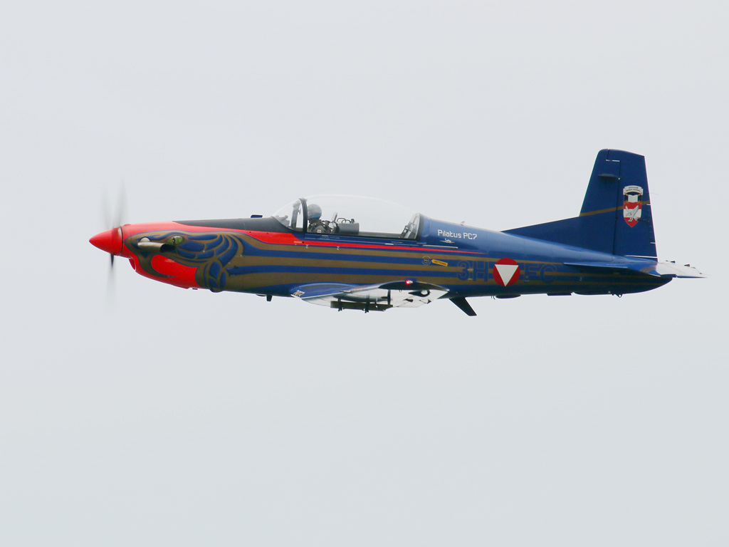 Pilatus PC-7 Turbo Trainer 3H-FC © Doppeladler.com