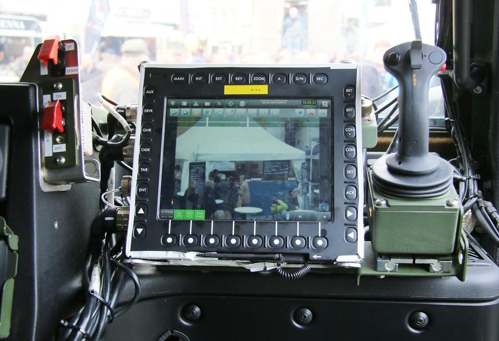 Steuerung der BAA über das Combat NG System des Kommandanten © Doppeladler.com