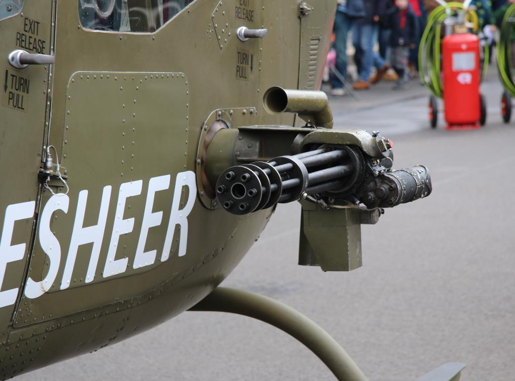 7,62mm M-134 Gatling Maschinengewehr des Kiowa © Doppeladler.com