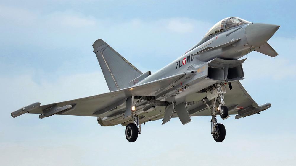 Eurofighter Typhoon 7L-WD © Dieter Linemann