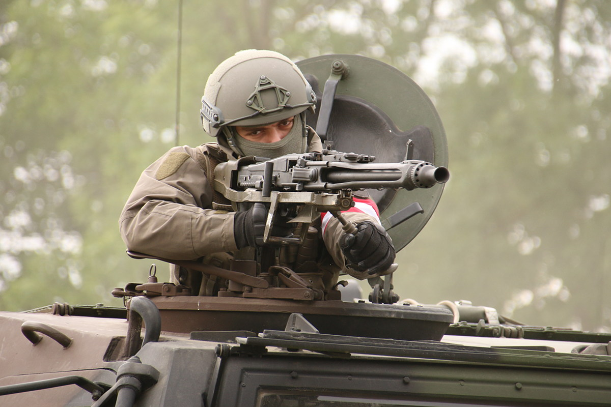7,62 mm MG am Dach des TPz Fuchs © Doppeladler.com