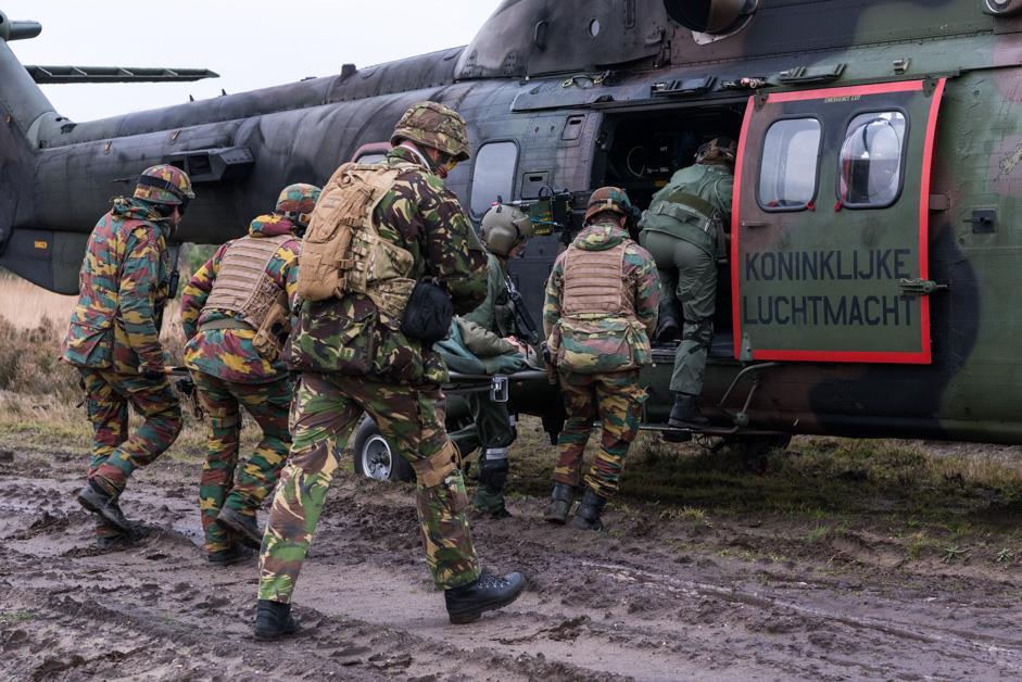 Niederländischer Puma als MEDEVAC Hubschrauber © 13 Lichte Brigade