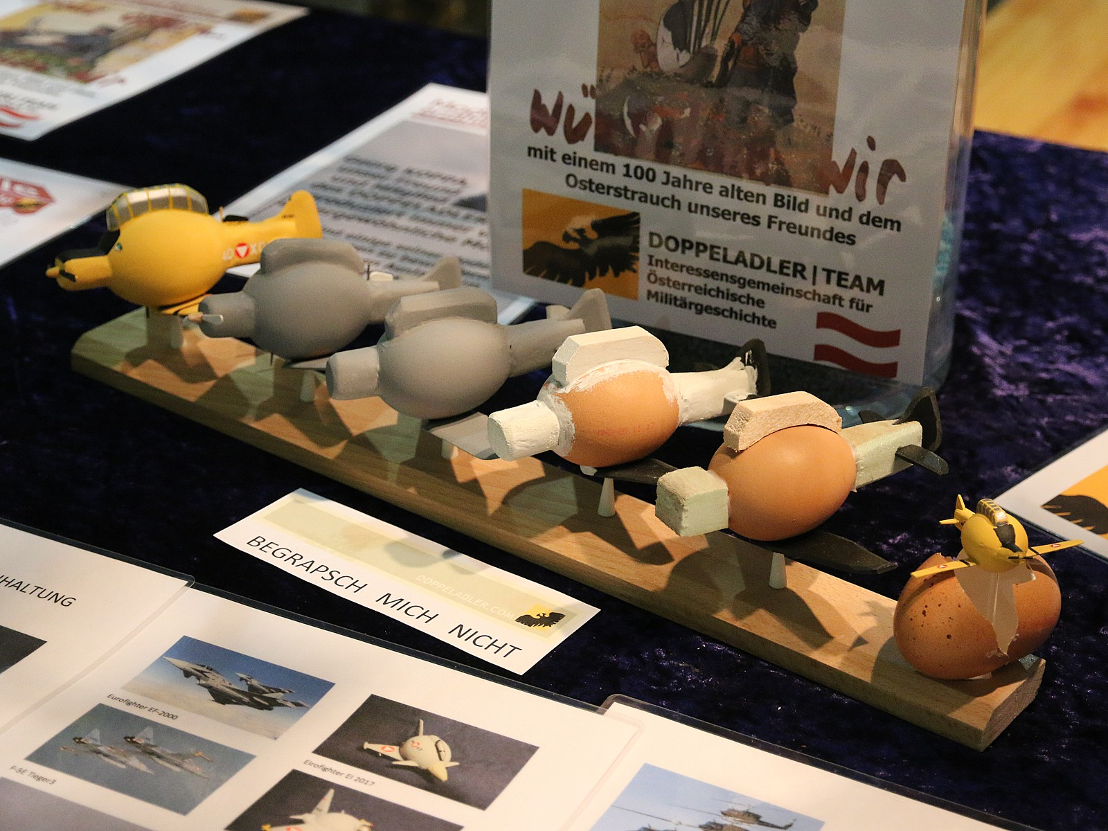 Making-Of. Ei aus Bodenhaltung, Styropor, Gips, Anbauteile © Doppeladler.com