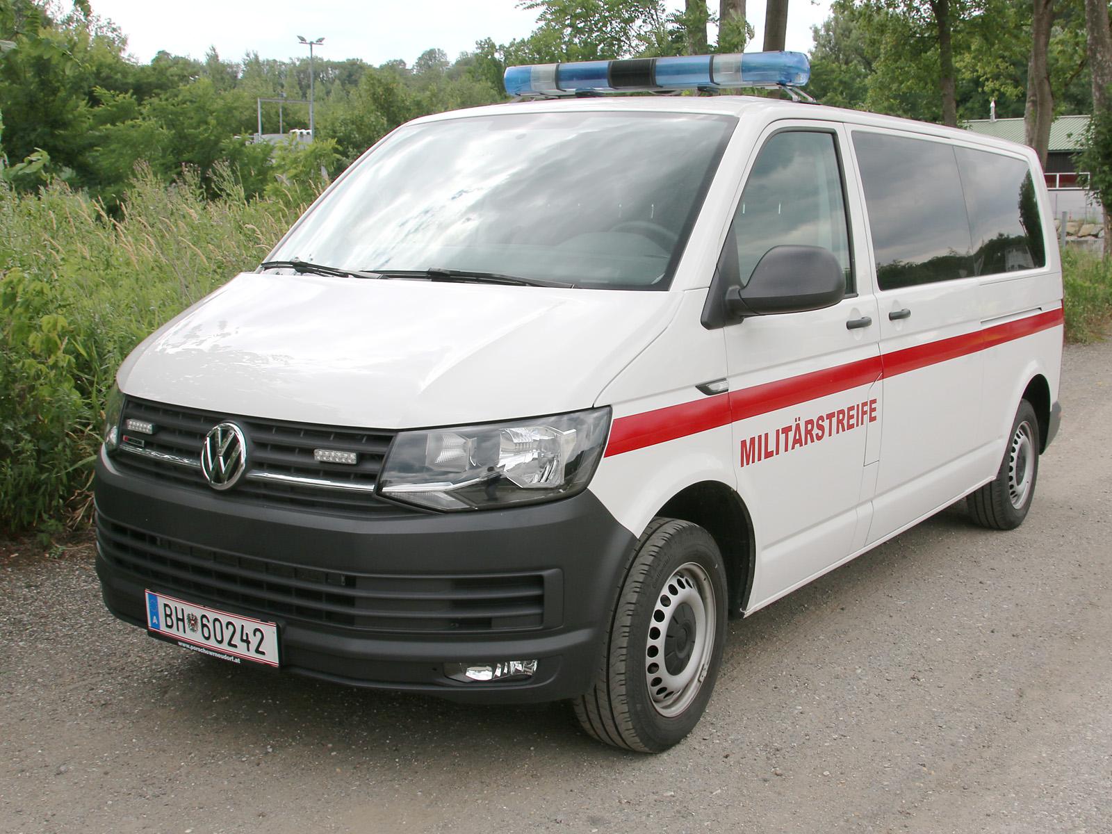 VW Transporter T6 4motion der Militärstreife / Militärpolizei © Doppeladler.com