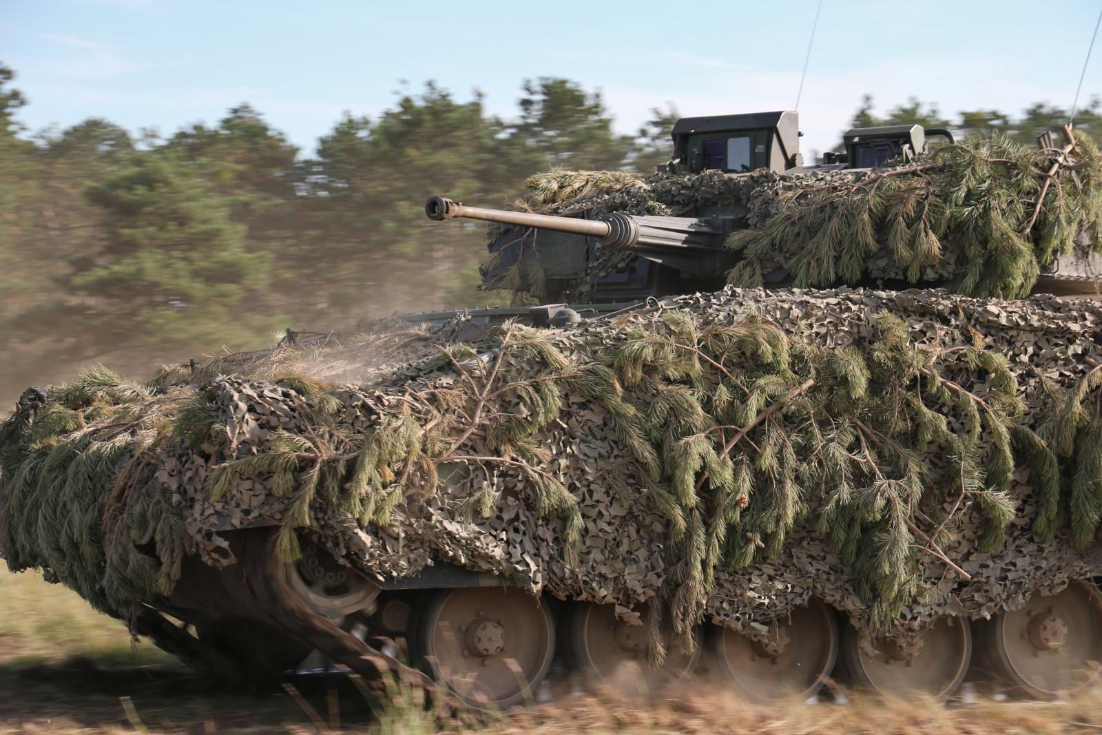 Schützenpanzer Ulan greifen an © Doppeladler.com