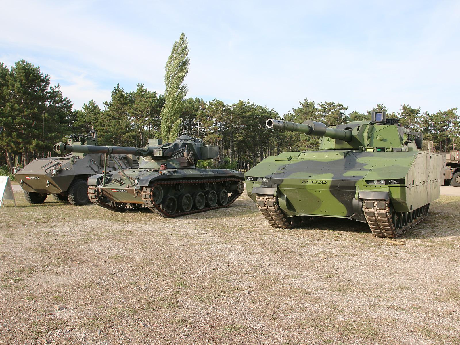 Drei Produkte von Steyr Spezialfahrzeuge / GDELS Steyr - Pandur, Kürassier, ASCOD 120 mm © Doppeladler.com