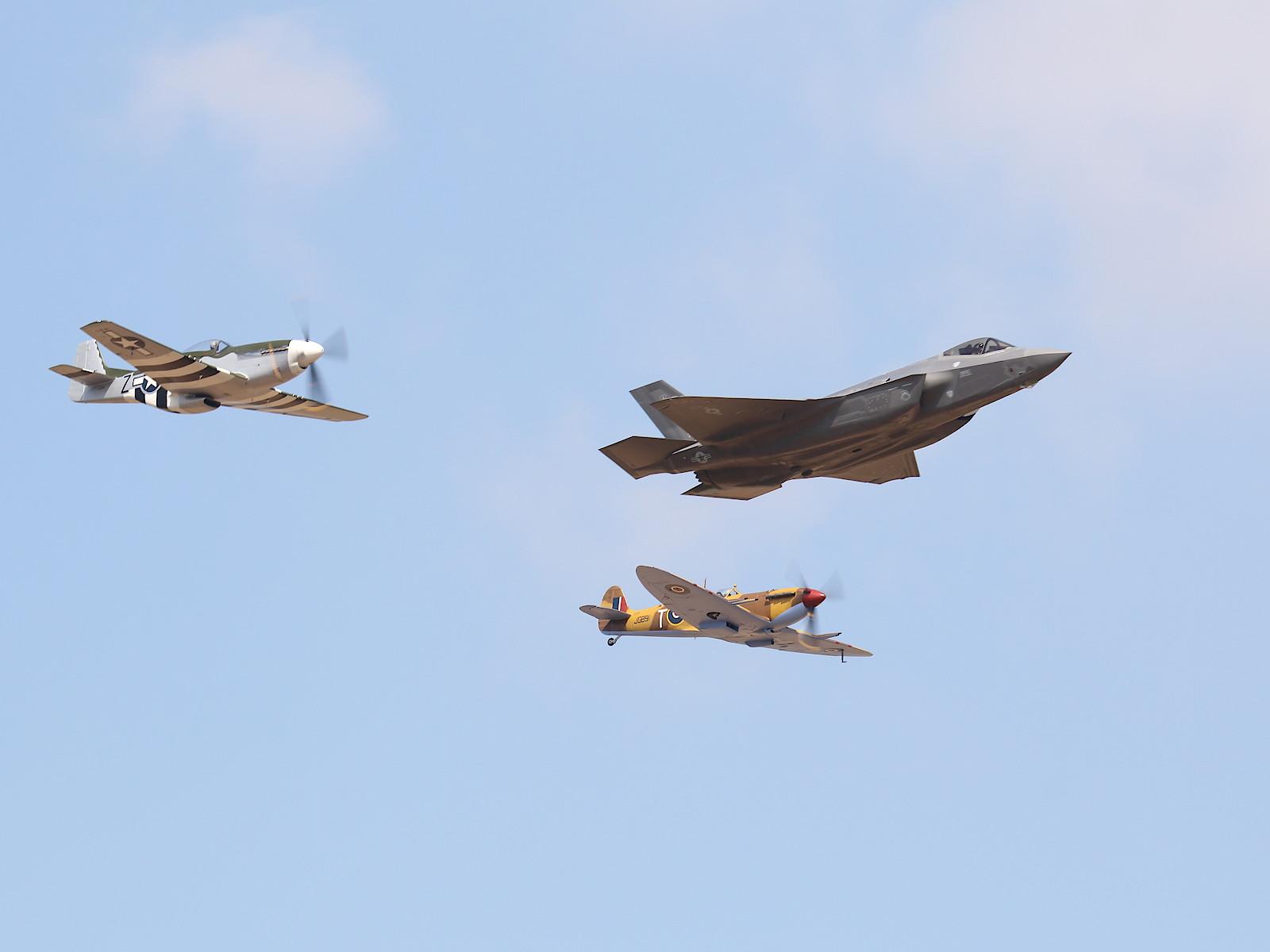 Lockheed Martin F-35A Lightning II 15-5127; North American P-51D Mustang 413305; Supermarine Spitfire Mk.Vc JG891 © Doppeladler.com