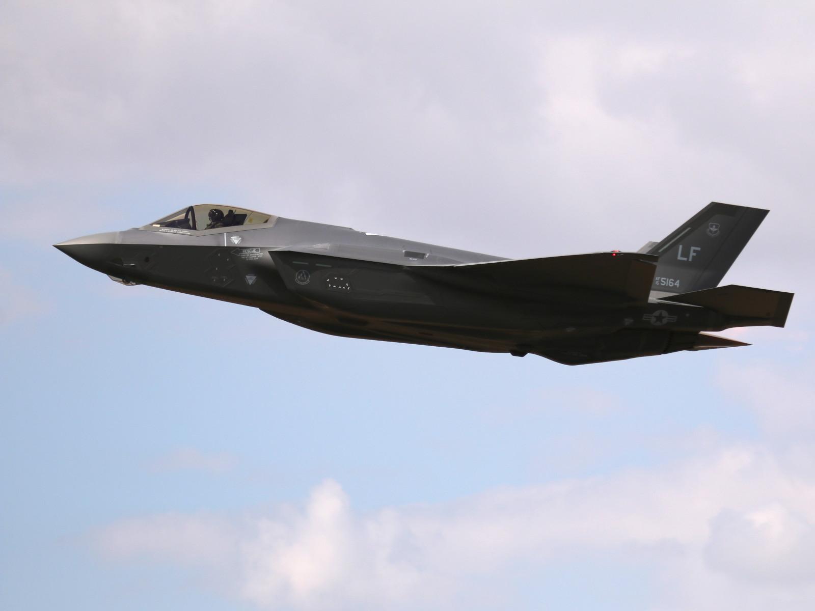 Lockheed Martin F-35A Lightning II 15-5127 © Doppeladler.com