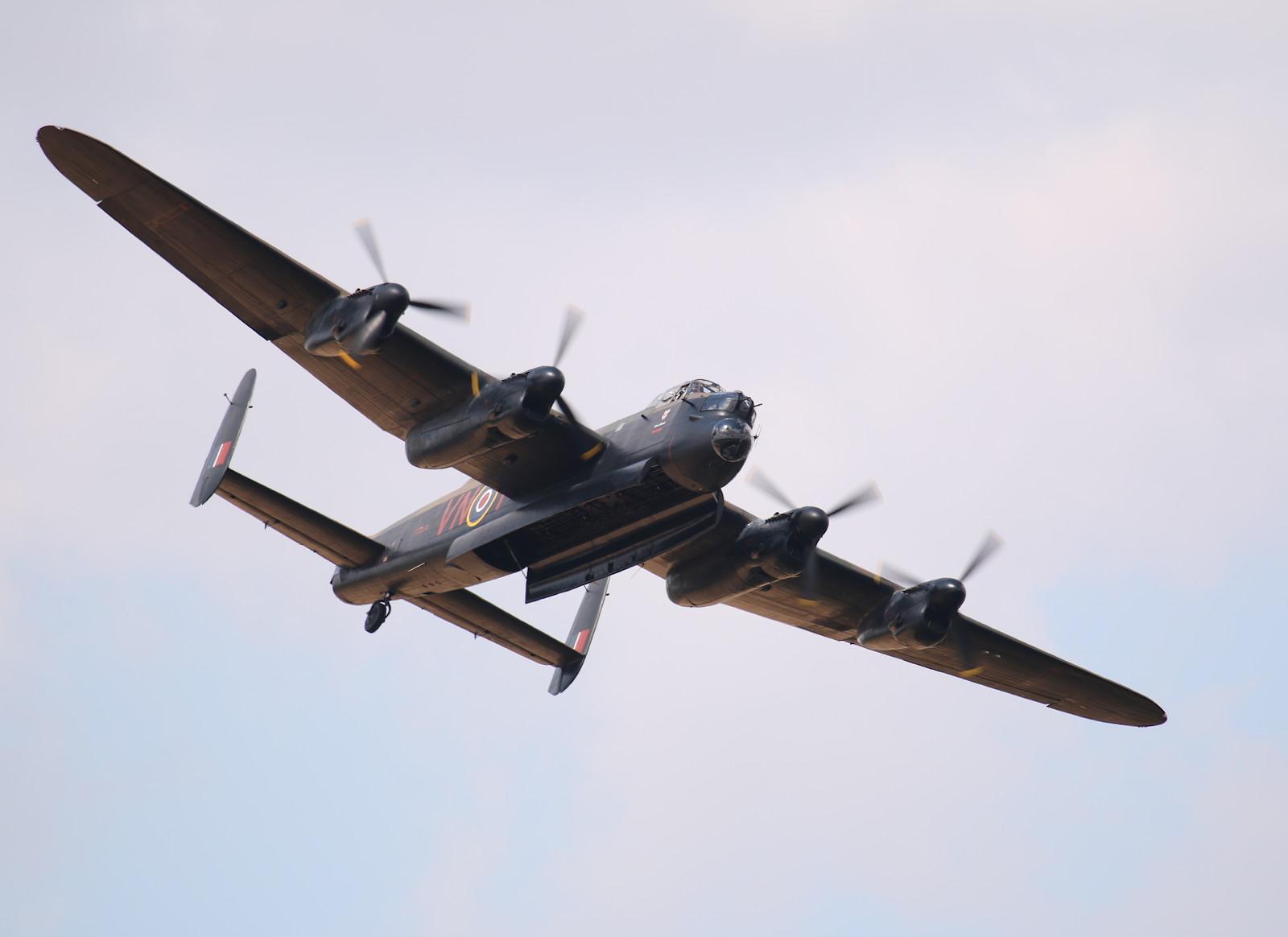 Avro Lancaster B.1 PA474 © Doppeladler.com