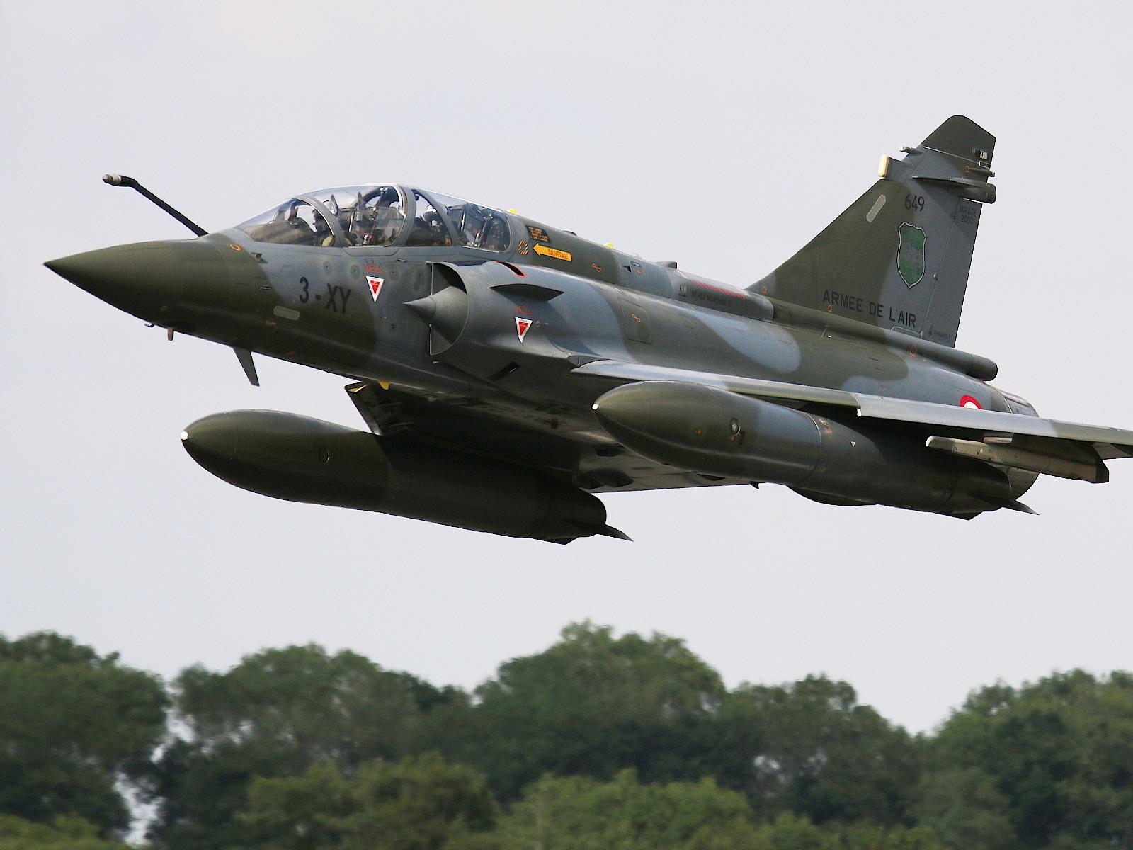Dassault Mirage 2000D 3-XY Couteau Delta Display Team © Doppeladler.com