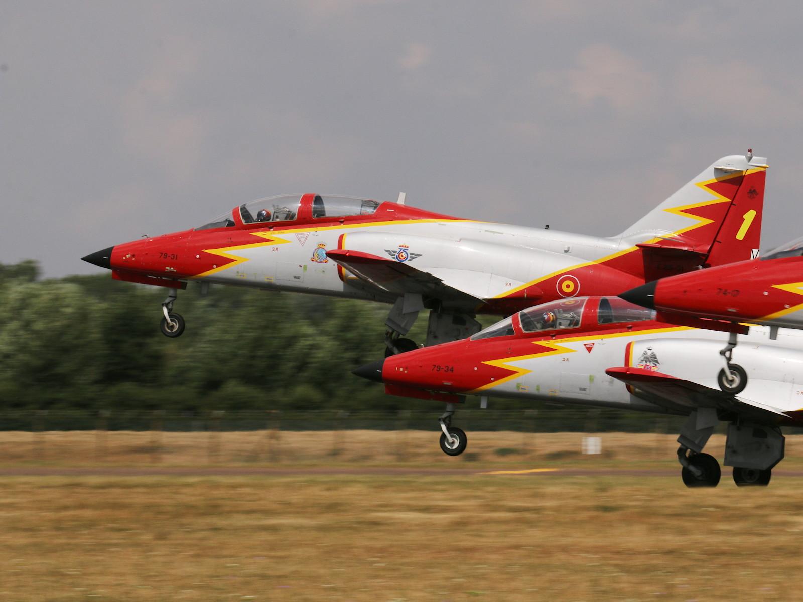 Patrulla Águila auf CASA C 101 Aviojet © Doppeladler.com