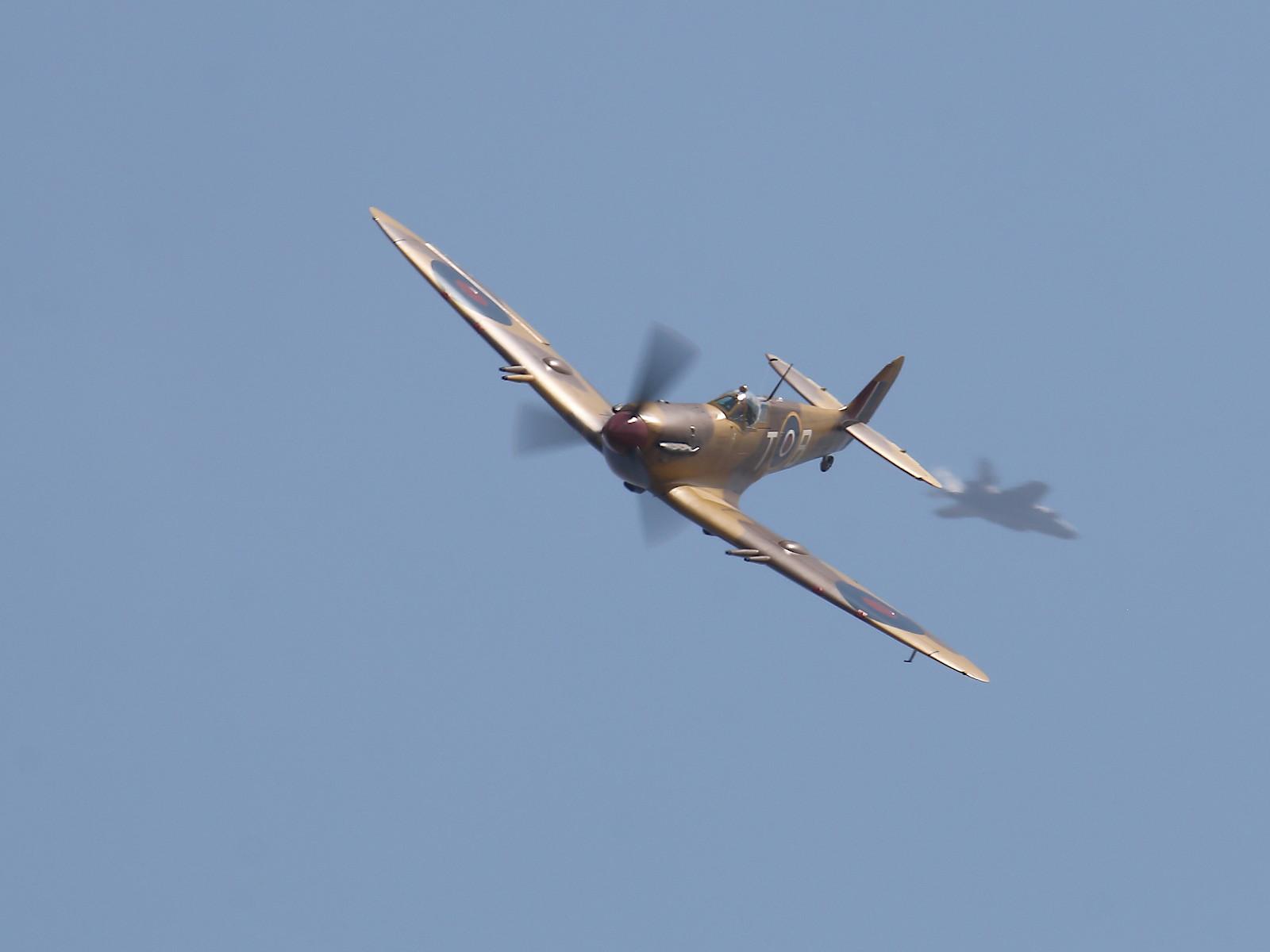 Supermarine Spitfire F.Vc - JG891 © Doppeladler.com
