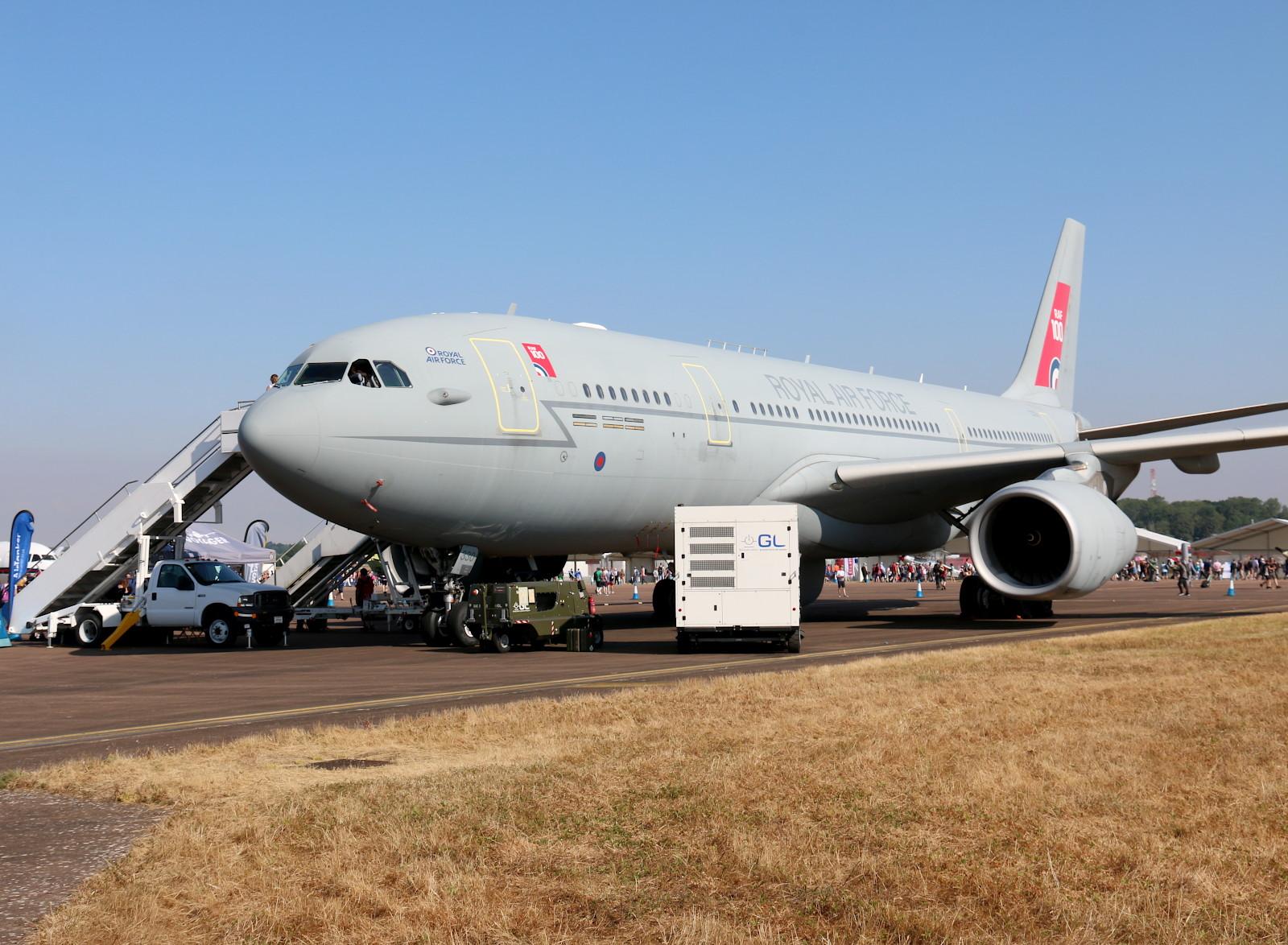 Airbus A330-243 MRTT Voyager KC.2 Tanker/Transporter ZZ330 © Doppeladler.com