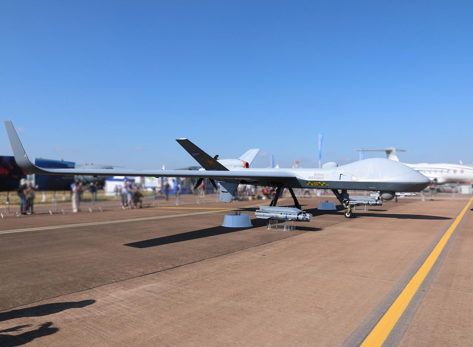 Eine MQ-9B Sky Guardian flog extra aus North Dakota herüber. 2020 wird sie als Protector RG Mk.1 bei der RAF in Dienst gestellt © Doppeladler.com
