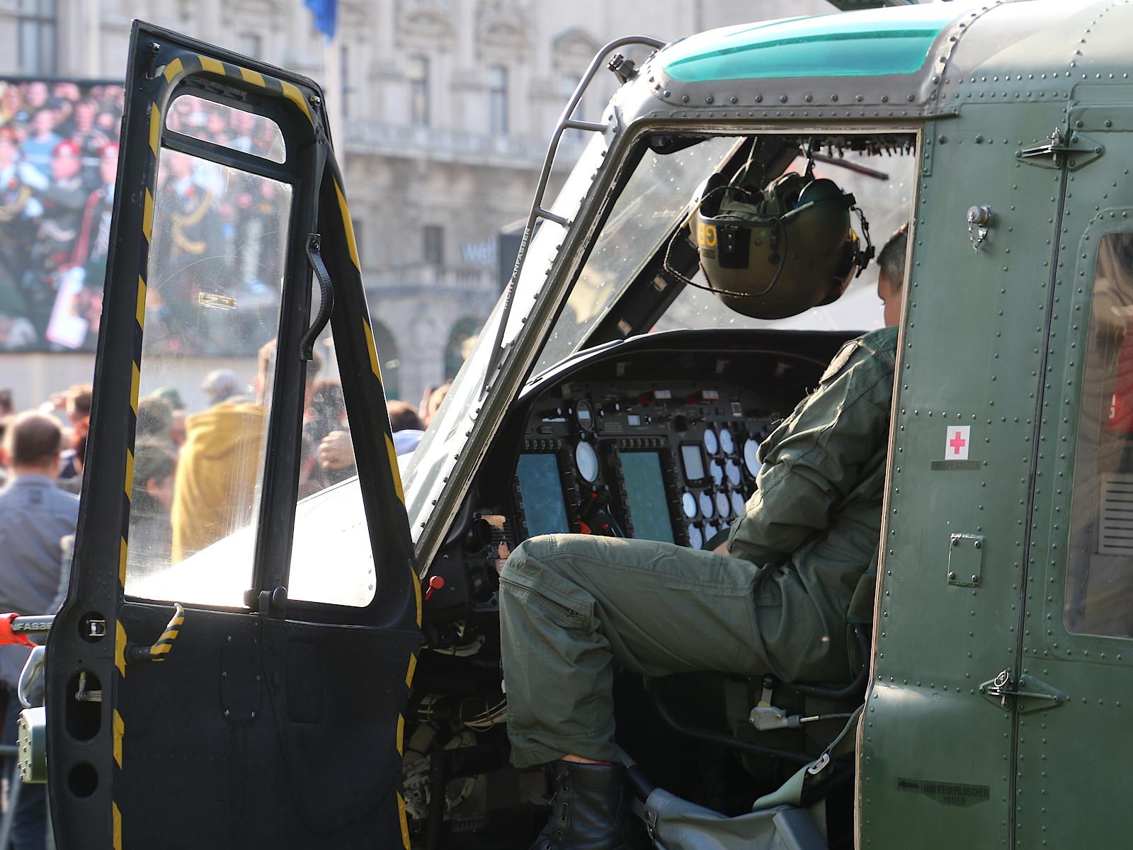 Agusta Bell AB212 nach dem MLU Upgrade © Doppeladler.com
