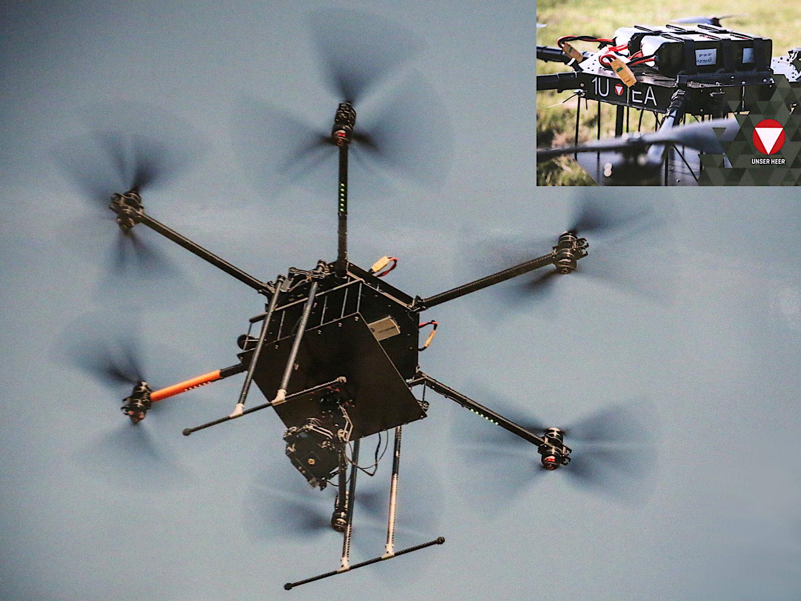 Dodeka Drohne der Luftbildaufklärung mit militärischer Kennung 1U-EA © Doppeladler.com