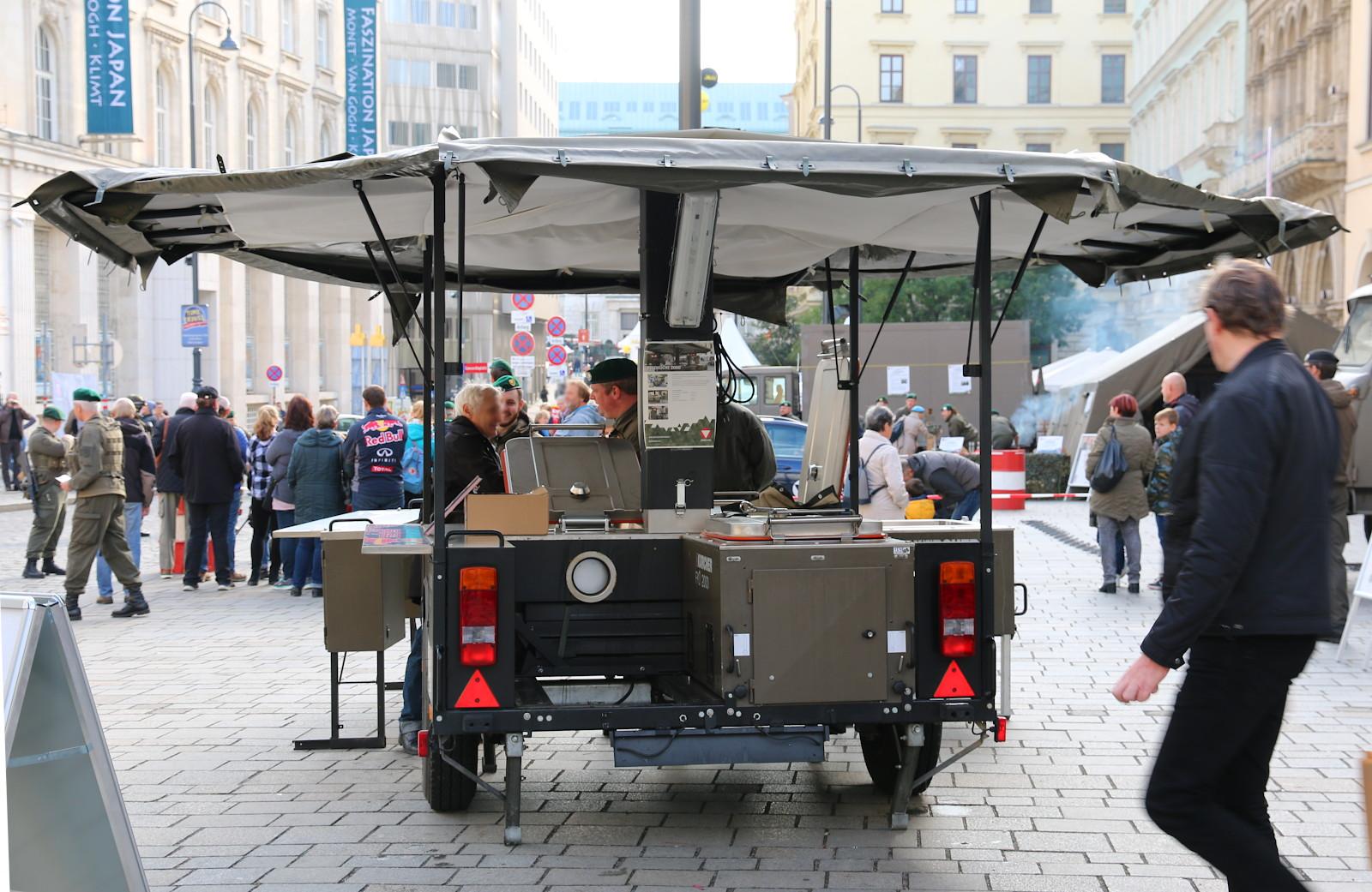 Feldküche 2000 von Kärcher - sag niemals Gulaschkanone zu ihr! © Doppeladler.com