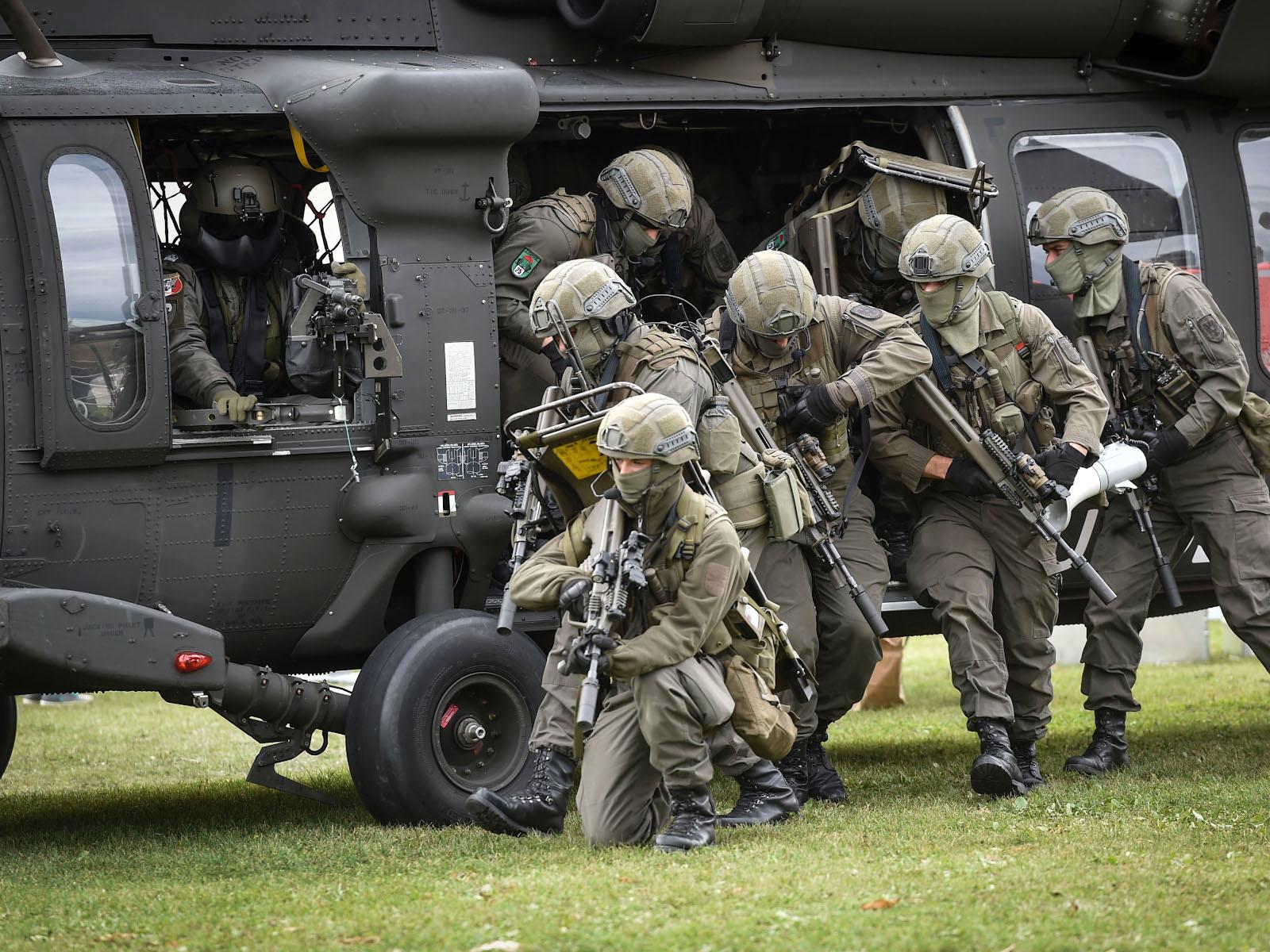 Österreichs Luftlandebataillon, das Jägerbataillon 25 bei der Gefechtsvorführung © Bundesheer
