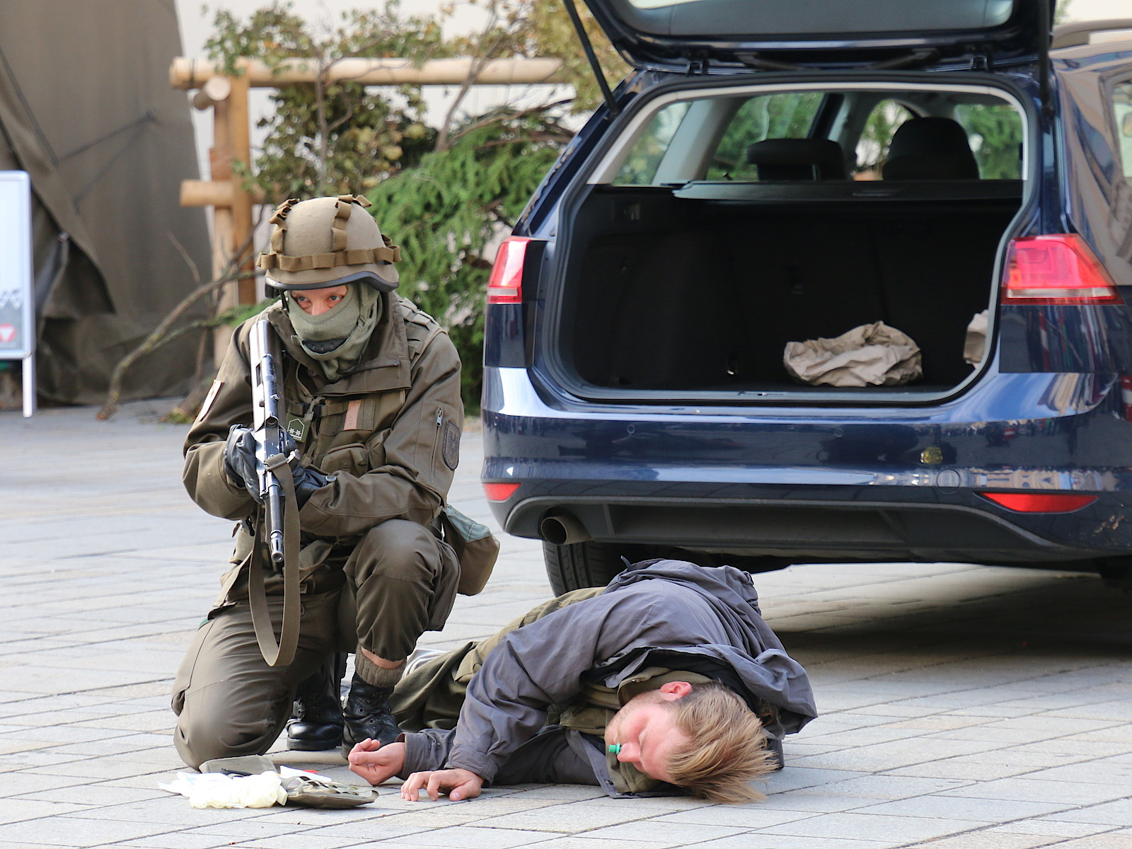 Vorführung der Miliz © Doppeladler.com
