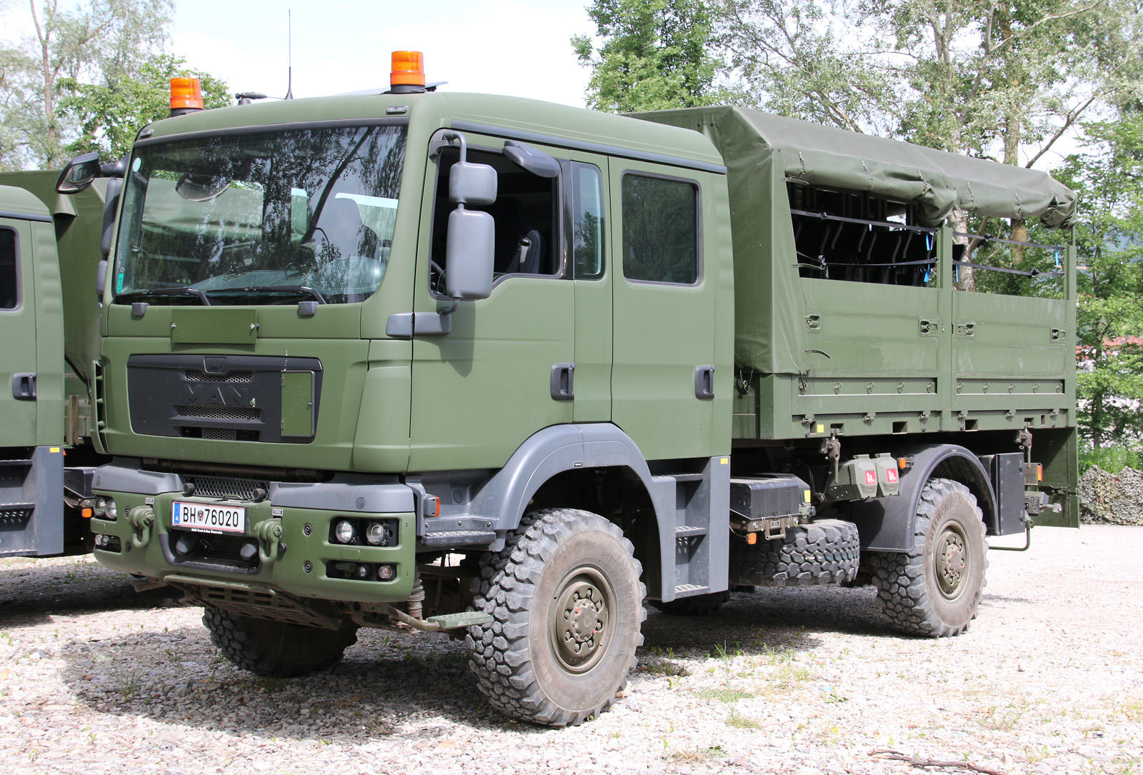 MAN TGM 14.280 4x4 AD/DOKA/FS - Doppelkabine in Fahrschulausführung (FS) © Doppeladler.com