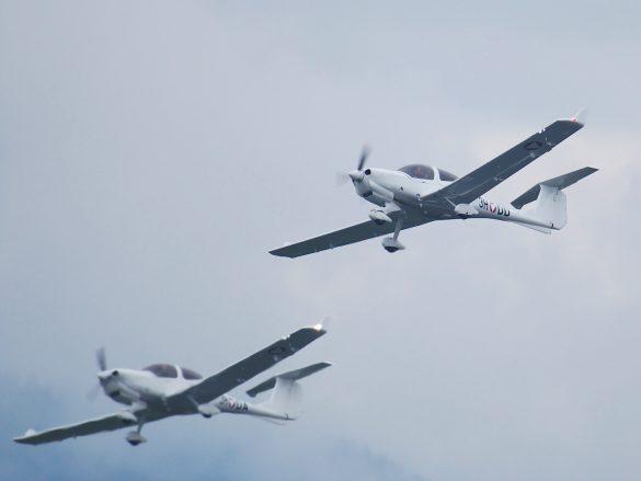 Diamond DA-40NG '3H-DD' mit '3H-DA' © Doppeladler.com