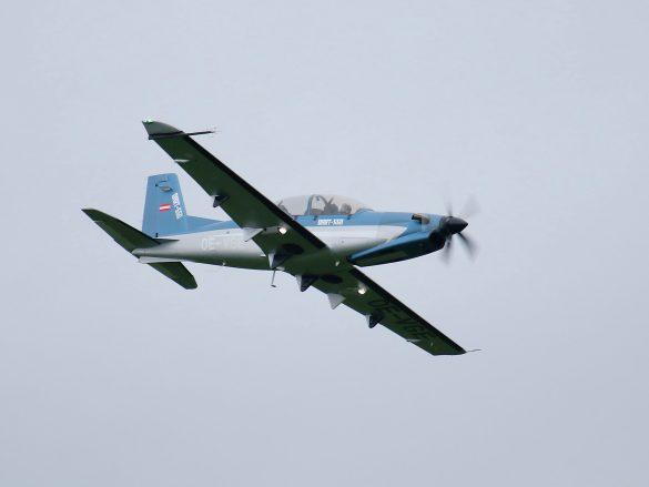 Diamond DART 550 'OE-VGE' (Diamond Aircraft Reconnaissance Trainer) © Doppeladler.com