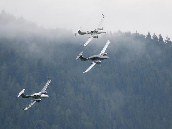 Diamond Aircraft 3er Formation © Doppeladler.com