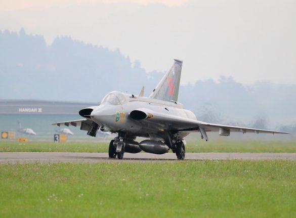 Saab J-35J Draken 'SE-DXR' von Swedish Air Force Historic Flight © Doppeladler.com