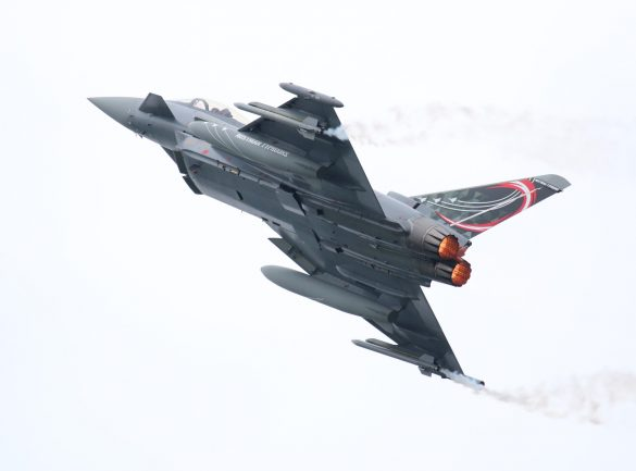"Eurofighter Typhoon '7L-WB' mit Sonderanstrich ""Austrian Typhoons"" © Doppeladler.com"
