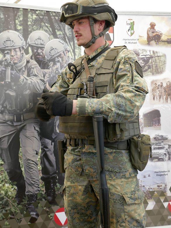 Das Jägerbataillon 18 aus der Obersteiermark wurde zuerst mit dem neuen Tarnanzug ausgestattet © Doppeladler.com