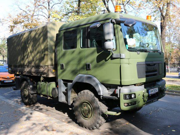 MAN TGM 14.280 4x4 AD/DOKA/FS mit Wechselaufbau Mannschaftstranport © Doppeladler.com