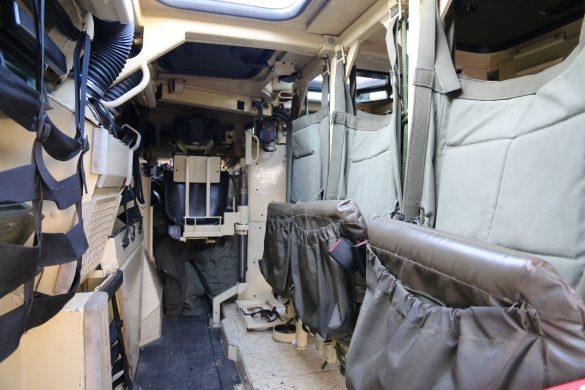 Innenraum des PANDUR A2 6x6 © Doppeladler.com