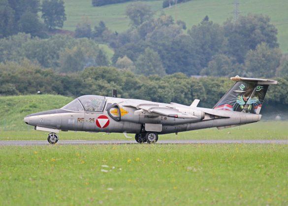 Saab 105 Oe 'RE-25' © Doppeladler.com