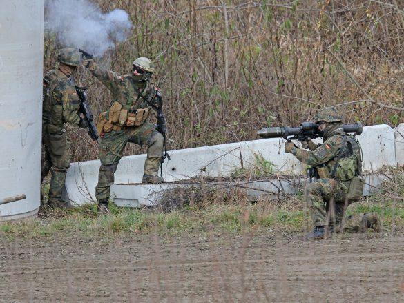 Panzerfaust 3 im Einsatz © Doppeladler.com