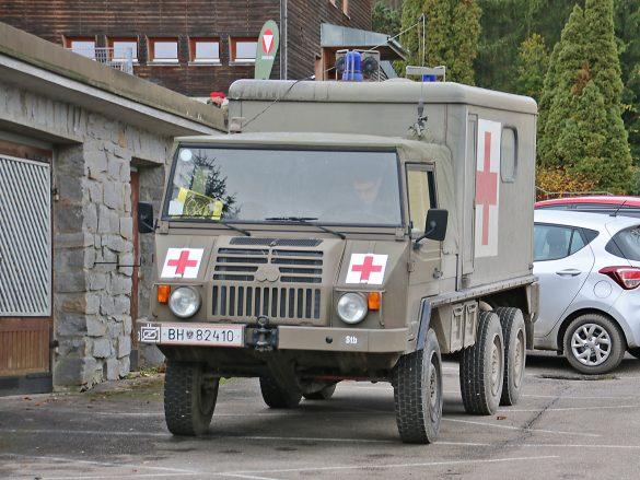 Sanitätskraftwagen Pinzgauer 718 6x6 © Doppeladler.com