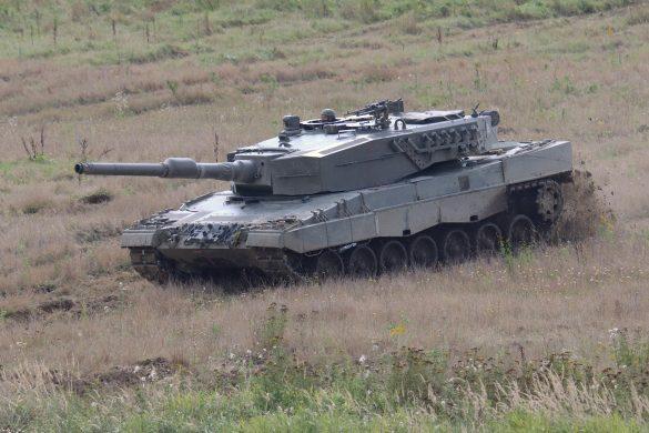 Beweglichkeit, Schutz und Feuerkraft eines Kampfpanzers sind nicht nur bei den viel zitierten Panzerschlachten hilfreich © Doppeladler.com