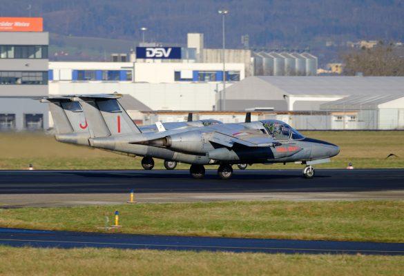 SAAB 105 OE RJ-30 und RI-29 am 31.12.2020 © Daniel Sinn