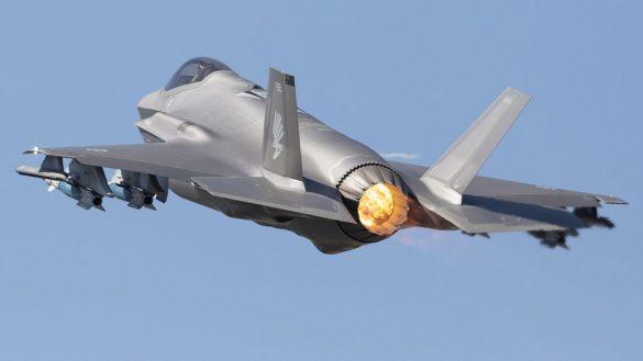 Australische F-35A mit Außenlasten © RAAF