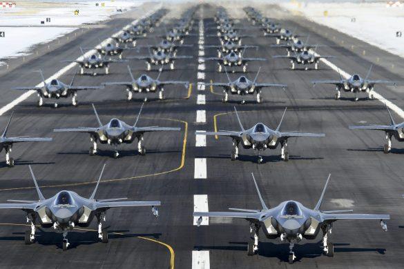 """F-35A - """"Elephant Walk"""" bei der US Air Force © USAF"""